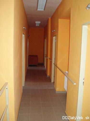 vstupy-do-izieb-horne-poschodie